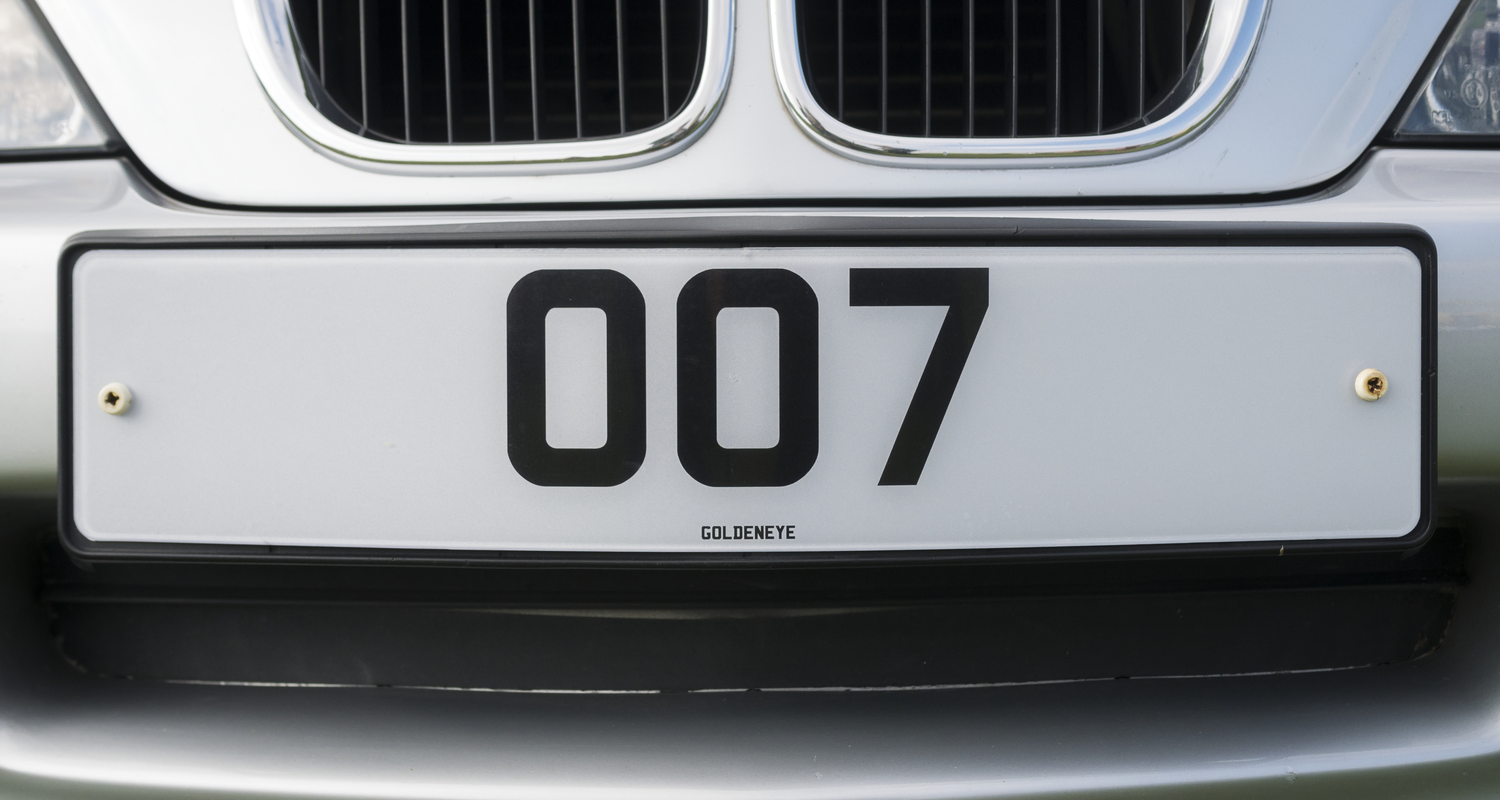 007 car with number plate